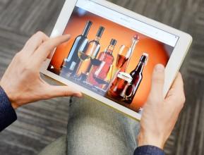Минпромторг согласовал предложение Минфина разрешить интернет-продажи алкоголя в РФ