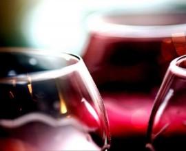 В России стали пить больше слабоалкогольных напитков, заявила эксперт