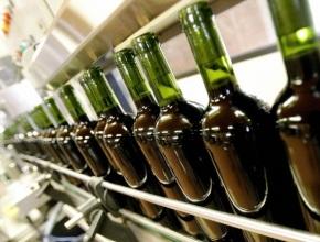 Производство вина в России может снизиться в 2017 году на 10% на фоне увеличения импорта