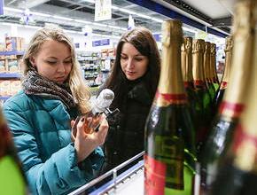 ФАС планирует проверить информацию о росте цен на шампанское