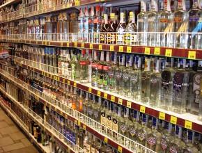 Сколько крепкого алкоголя покупают украинцы