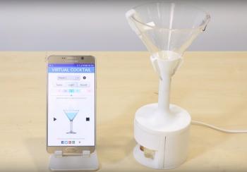 Ученые создали бокал, превращающий воду в вино. ФОТО. ВИДЕО