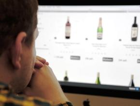 Алкоголь в сети не продадут за наличные