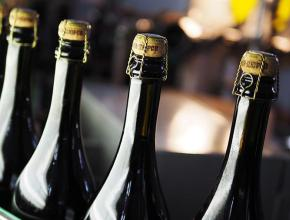 """ГК """"Абрау-Дюрсо"""" в 2017г увеличила продажи игристых вин на 14%"""