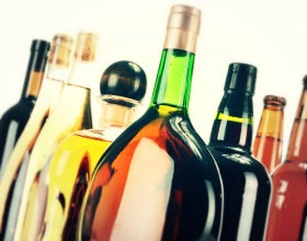 Беларусь. МАРТ установил перечень элитного алкоголя для свободного импорта в 2018 году