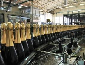 Производители алкоголя поддержали переход на российское оборудование