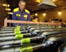 Молдова не сможет больше производить и экспортировать шампанское, коньяк, кагор