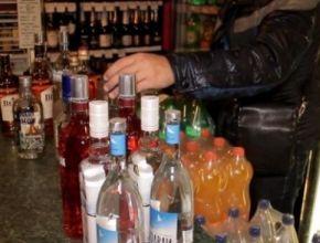 Кафе в Невском районе поймали на продаже спиртного без лицензии