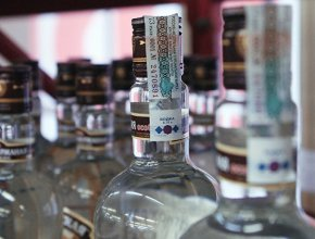 Минфин не планирует повышать акцизы на алкоголь в 2018 году выше инфляции
