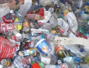 Еврокомиссия разрабатывает новую директиву о запрете одноразового пластика