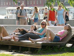 ВЦИОМ: почти половина россиян планирует провести летний отпуск дома