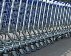 ВЦИОМ: большинство россиян предпочитают сетевые магазины