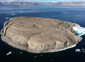 Александр Шимберг - Арктика: виски — аргумент в территориальных спорах